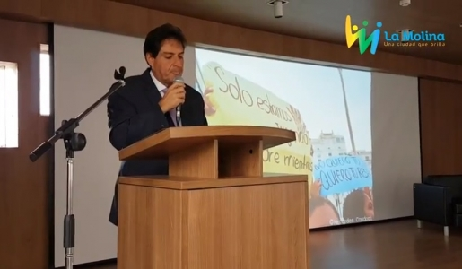 ALCALDE JUAN CARLOS ZUREK BRINDO EMOTIVO DISCURSO HOMENAJEANDO A LA MUJER.