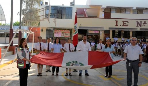 ALCALDE DE LA MOLINA PARTICIPA DEL BUEN INICIO DEL AÑO ESCOLAR 2019